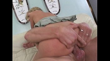 JuliaReaves-Sweet Pictures Susan Highclass - Paradise View From Behind - scene 4 - video 1 cute beau