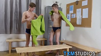 Cute twink couple doing some hot anal ramming in the office