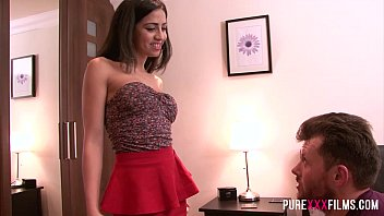 Pure films hot kitchen housewife views min