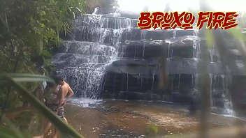 Blazing Fire Wizard and D4 Bombom in the waterfall see full on Xvideos RED