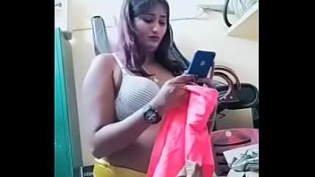 Swathi naidu exchanging dress and getting ready for shoot part-1