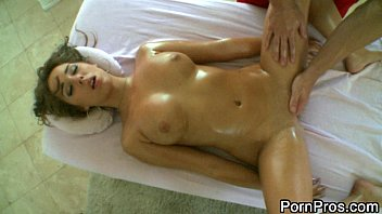 Outragous deepthroat video - Girl gets pervert massage