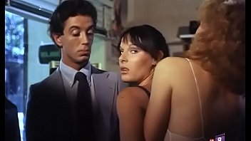 Sexual inclination to the naked (1982) - Peli Erotica completa Spanish