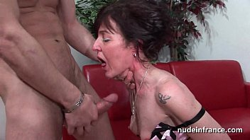 Sexy Amateur Mom Hard Analized And Double Penetrated