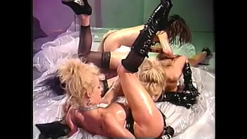 Kinky blonde Debi Diamond invited her friends  Ashlyn Gere, Bionca, Melissa Monet, Tammi Ann to enjoy naughty Sapphic party  with much oil and many toys from sex shop