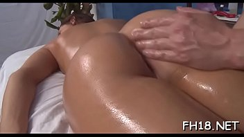 Attractive Gracie Glam gets orgasm thumbnail