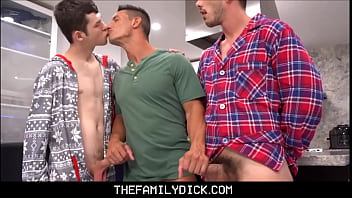 Hunk Step Dad Jax Thirio Threesome With Twink Step Son's Dakota Lovell & Gabriel In Family Kitchen On Christmas Eve