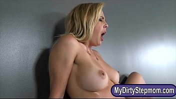 Cherie Deville and Kelly Greene threesome in the bedroom