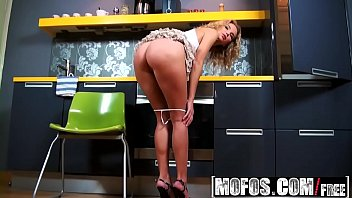 Mofos - Shes A Freak - Hungry Hos Do It In the Kitchen starring Summer Breeze