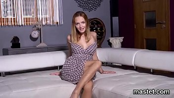 Naughty czech sweetie gapes her wet pussy to the bizarre