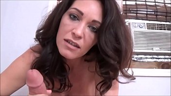 Fitness Mom Disciplines Son - Charlee Chase - Family Therapy - Preview Vorschaubild