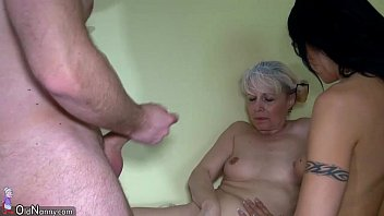 Old granny and Nice woman using strapon video