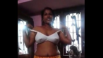 Kerala girls sex videos Milky aunty from kerala