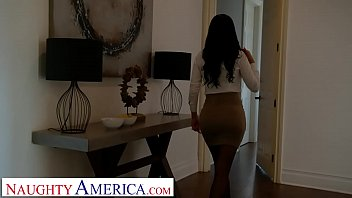 Naughty America - Jasmine Jae Fucks her son's friend for being nosy thumbnail