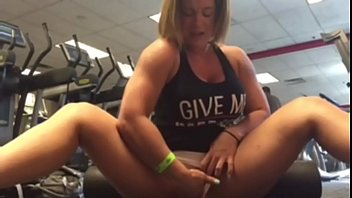 Charli fingers her pussy in the Gym - Pornhubcom