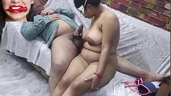 Desi Bhabi Fucks a Huge White Cock for the first time