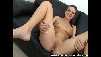 Sexy Amateur Fucking in Sofa with her Horny Boyfriend