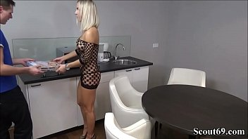 German Teen Seduce Pizza Guy To Fuck In Sexy Lingerie