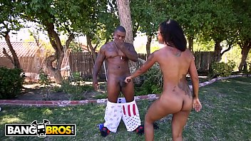 BANGBROS - Hot Ebony Babe Skin Diamond Taking BBC From Rico Strong