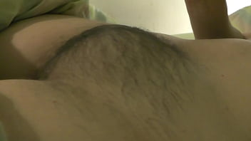 Sexymandy pumps her veined, hairy lactating, pierced breasts, and shows you her hairy armpits and big wet hairy pussy 5分钟