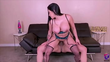 Yinileon reverse cowgirl and missionary thumbnail