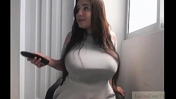 Are Her Bigtits Real? Watch Her Cam
