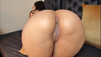 Big Booty Latina Cam