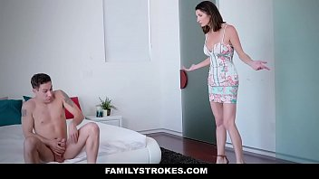 FamilyStrokes - Watching her stepson masturbate | Video Make Love