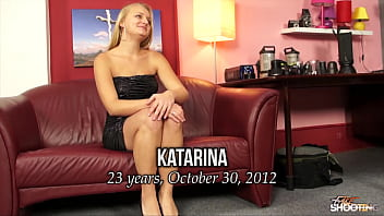 Sexy Katerina showing her porno model skills, cum on tits included