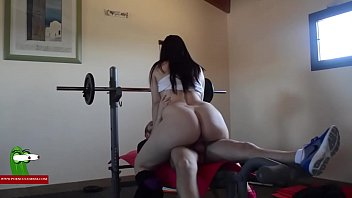 Gym session with a happy ending ADR0429