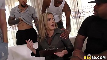 descargar porno en I am not that kind of mom, i'm married! - carmen valentina