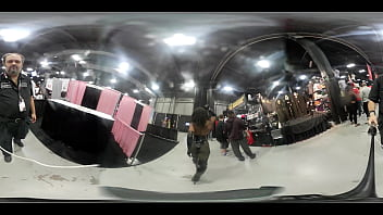 VR Strut and Body tour with Kelli Provocateur at EXXXotica NJ 2019