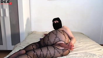 Sexy Babe In Mask Passionate Play Pussy Vibrator - Homemade