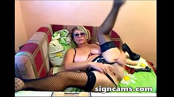 Sexy Big Boobs Mature Anal Dildoing On Webcam