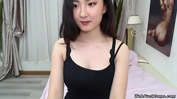 All natural busty camgirl stripping