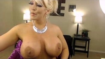 busty blonde MILF babe dildo pussy fuck webcam show