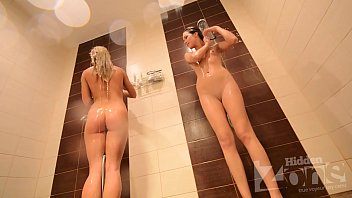 shower hiddencam