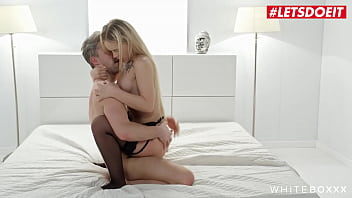 LETSDOEIT - (Emily Cutie & Lutro) Teasing Ukrainian Teen Rough Pounded By Passionate Daddy 14分钟
