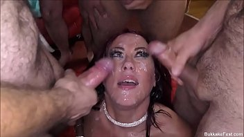 Bukkake Tyla Moore Takes The Cum Load