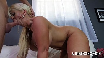 Big tit cougar Alura Jenson loves fucking y. men