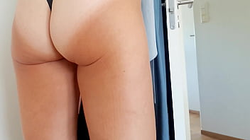 Hot MILF in panties. While I secretly film with my mobile I expose her pussy and show to you! plazacam