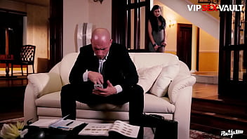 VIP SEX VAULT - (Keira & Leny Evil) Czech Babe Knows How To Reduce The Stress From Her Man