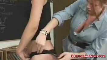 Lesbian Shown How To Use Strapon