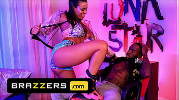 Stud (Pressure) Gets A Tease Beyond His Wildest Imagination By The Amazing (Luna Star) - Brazzers