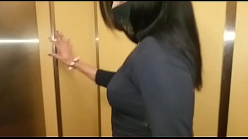 Sightings: Fucking her husband in the elevator of the building. Fuck the cameras .completo xv red