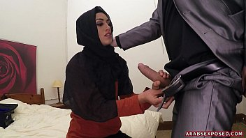 Arab Cock Sucker thumbnail