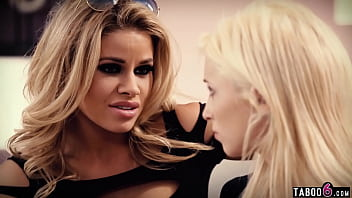 Tiny blonde teen Piper Perri manipulated by stepsister Jessa Rhodes