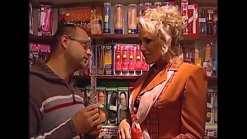Erotic city shop Real hardcore sex in porn shop - pornokino sex german