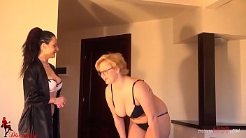 Step mother massaged by daughter