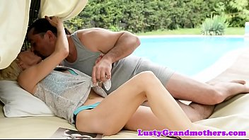Mature doggystyle assfucked by the pool 6 min